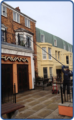 commercial-shop-front-window-cleaner-in-whitley-bay-north-tyneside-2